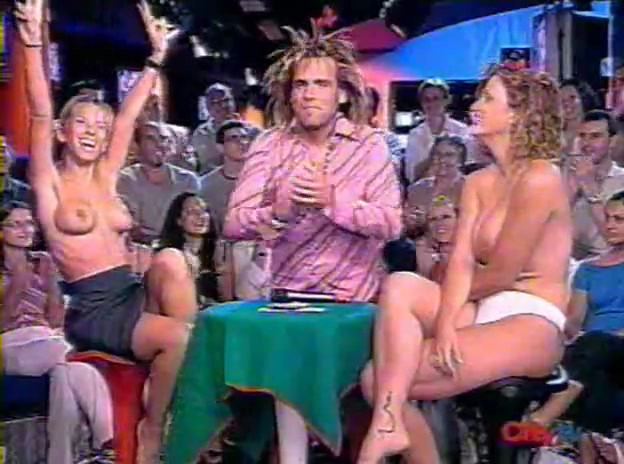 topless in tv show