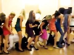 Upskirt viewing perv at a wedding has fun