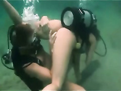 Scuba diving lovers have hot sex in the ocean