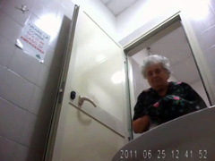 Granny pussy pees in restroom spy camera film