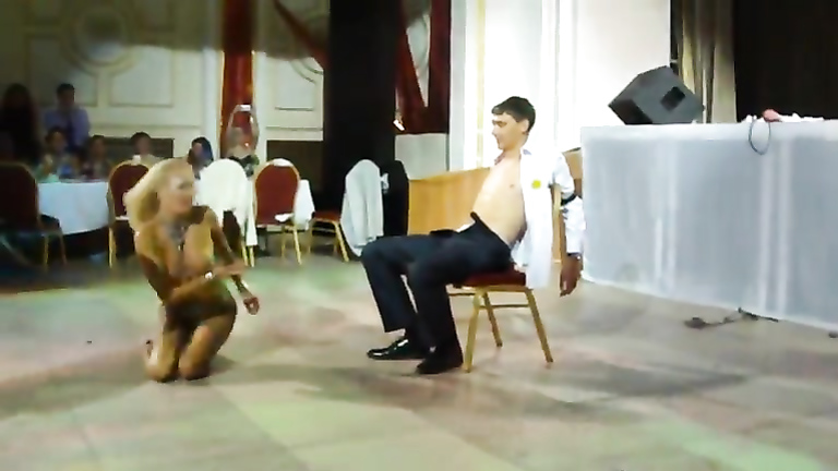 Amazing strip number at a wedding caught on cam