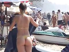 Smoking hot lookers enjoys having some fun at the beach