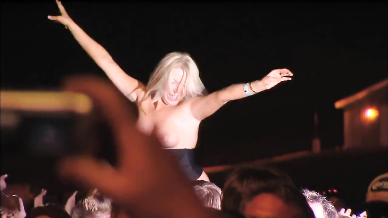 Tits and concerts