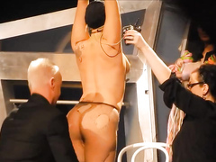 Popular singer decides to go almost fully naked for the crowd