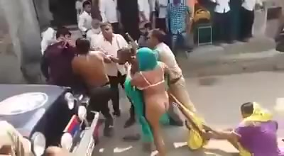 girls fights and get stipped naked