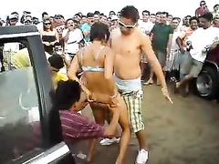 Erotic dance with the short-haired Latina chick