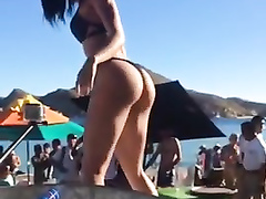 Mind-blowing body of the dark haired bombshell