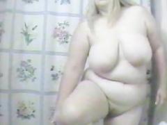 Friend's mom secretly filmed in the bathroom