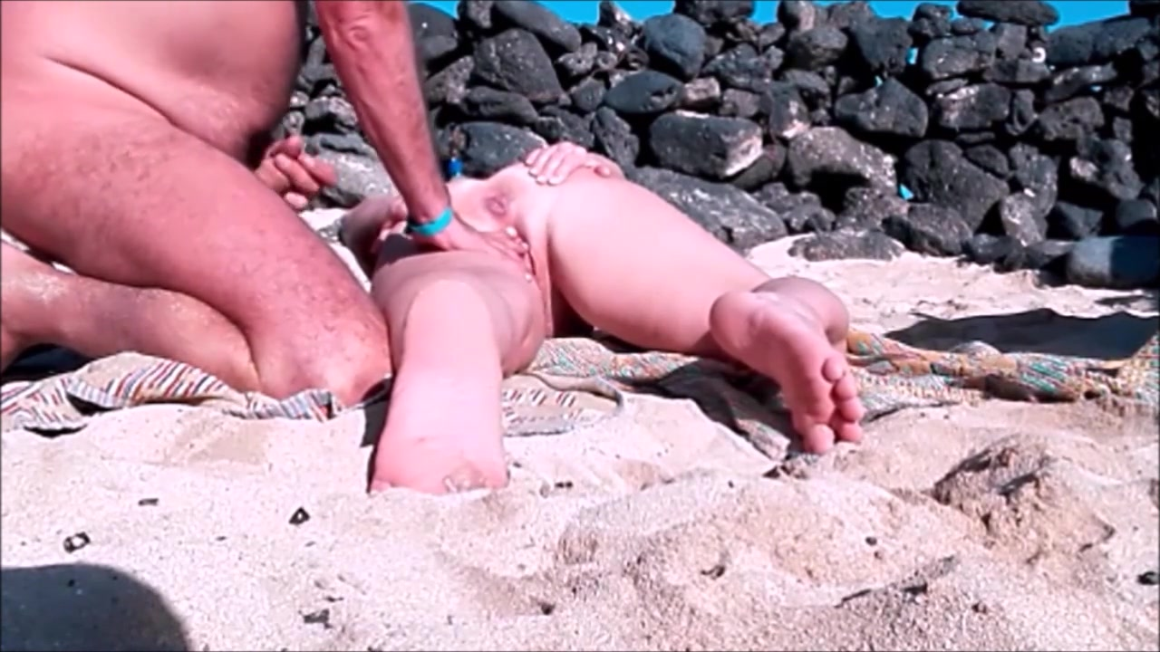 Beach Sexx beach woman has her vagina toucheda stranger