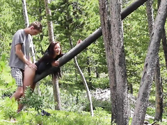 Young amateurs do a quickie in the middle of the woods