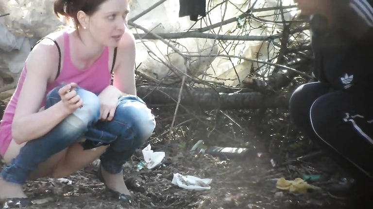 Mom and daughter both filmed when pissing