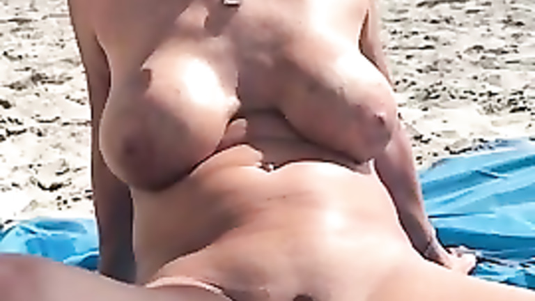 Nudist mature pics
