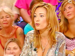 Spanish TV host knows how to attract attentions