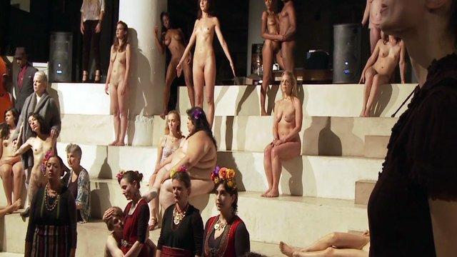 Free girls mastubating clips