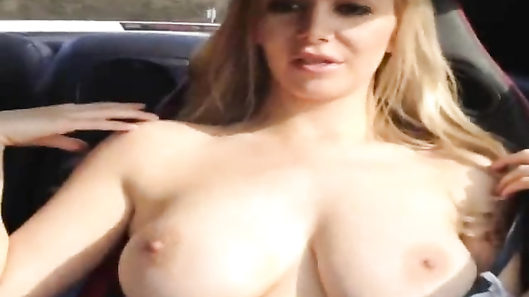 Perfect big tits bounce on speedy car ride
