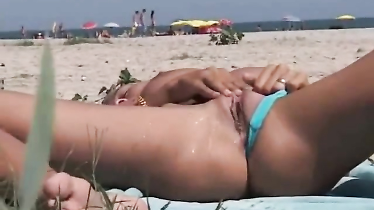 Hot Girl Masturbating Orgasm
