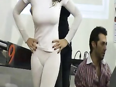 Candid cameltoe with a busty model