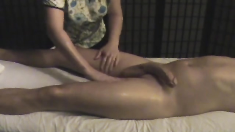 Amateur Asian Massage Handjob