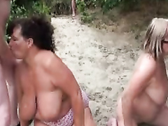 Old cocksuckers blow lots of strangers at the beach