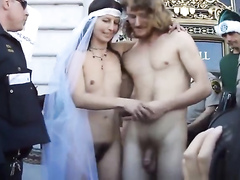 Jimmy's naked wedding is really popular in America