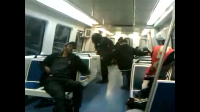 Pissing subway amateur girl