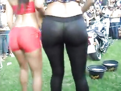 Sexy bike models with asses in tight spandex
