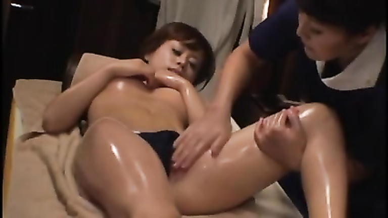 Japanese Hot Oil Massage