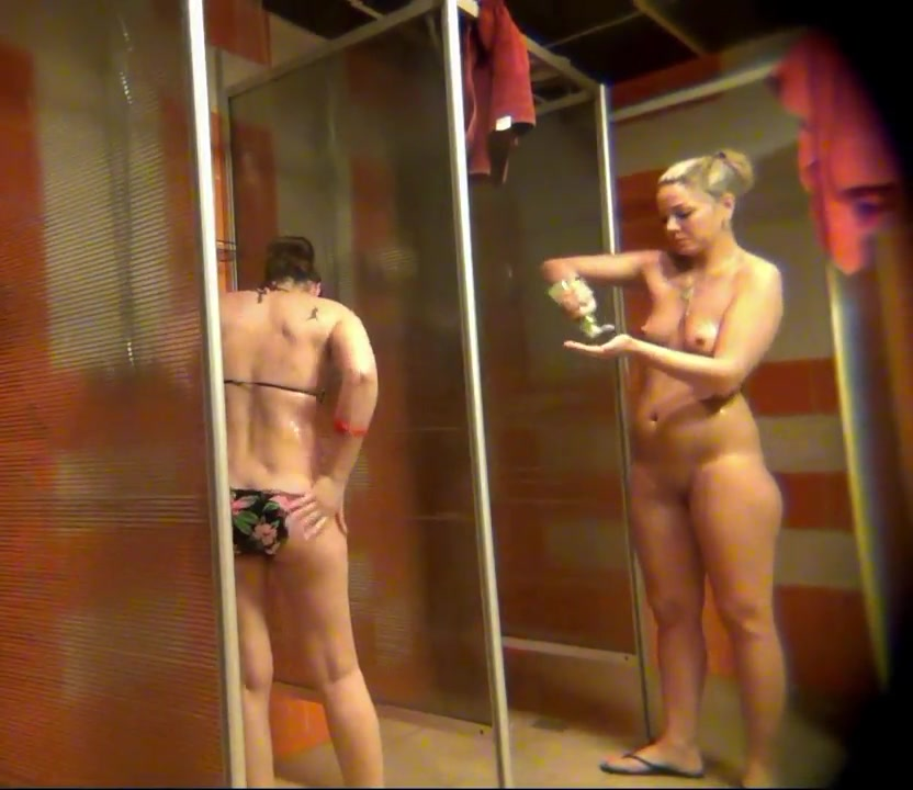 Real amateur women nude in shower