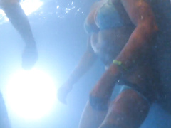 Underwater jets take off her bikini bottoms